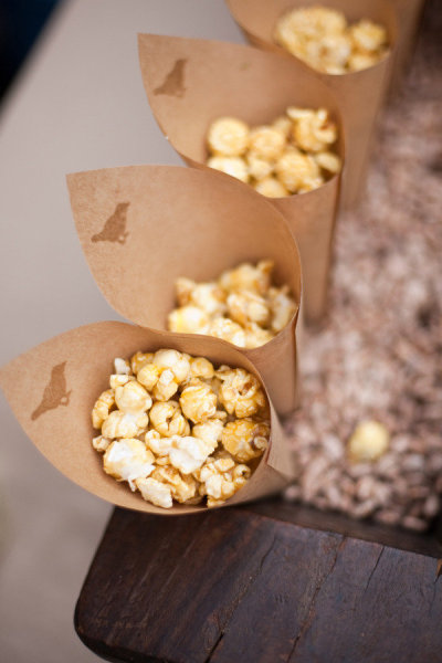 popcorn favors--theSpunkySapphire.wordpress.com